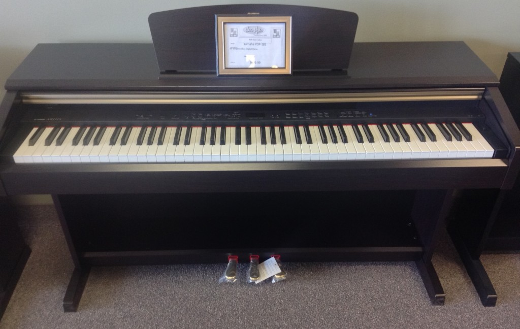 ARIUS Yamaha Digital Piano YDP-181