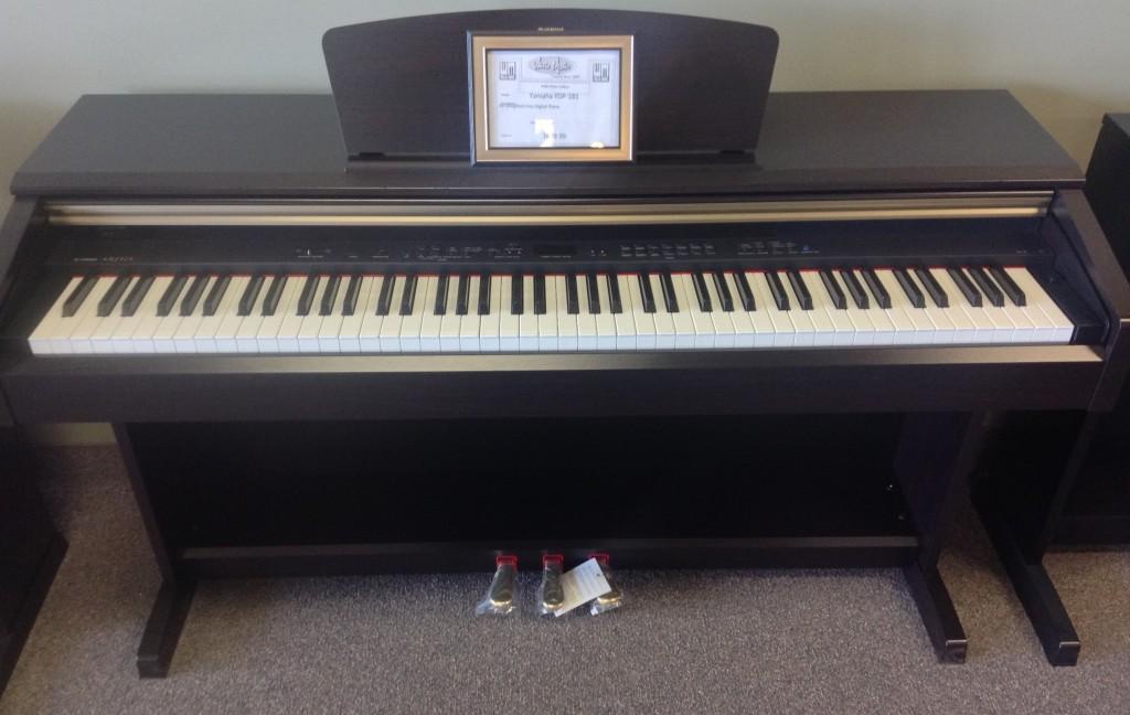 ARIUS Yamaha Digital Piano YDP-181