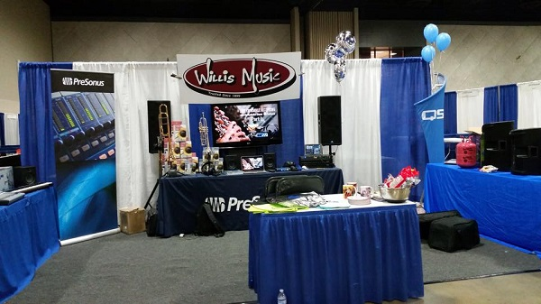 willis music kmea booth 2015