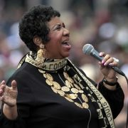 Older Aretha Franklin singing
